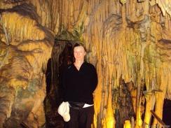 Andrea in der Höhle am 2.Finger der Peleponnes