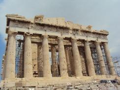 es wird gebaut an der Akropolis